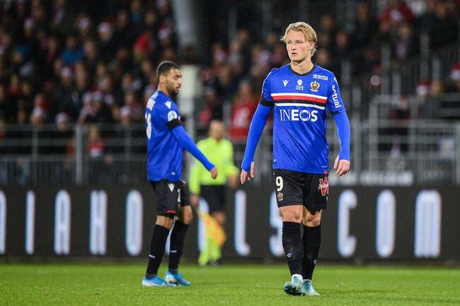Nice: Susceptible, méprisant… Dolberg a vite cerné les arbitres de L1