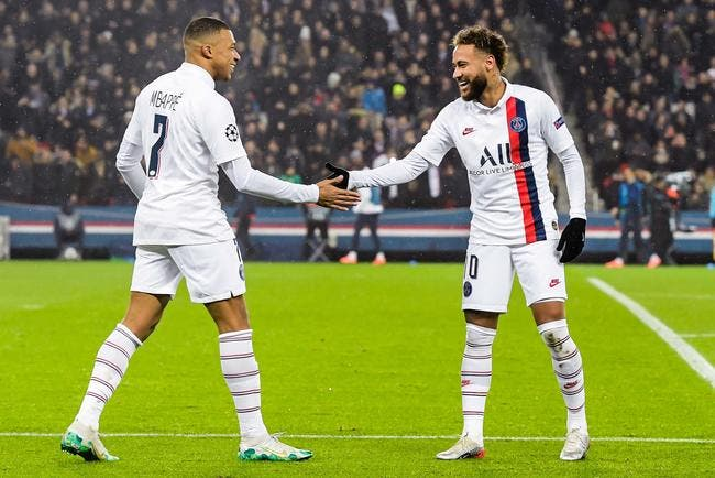 PSG : Mbappé dépasse Neymar, Paris confirme