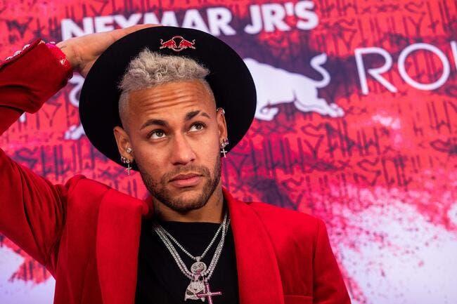 PSG: Neymar saute de joie devant sa TV, Vincent Duluc le calme
