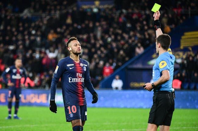 PSG : Neymar protégé par les arbitres, le signal d'alarme est tiré