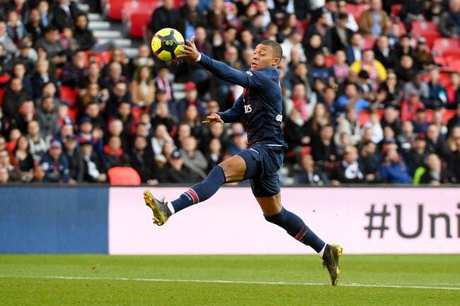 PSG : Mbappé est le futur n°9 de Paris et des Bleus, c'est écrit