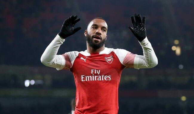 Arsenal: Sifflé à cause de Lacazette, Emery prend la mouche