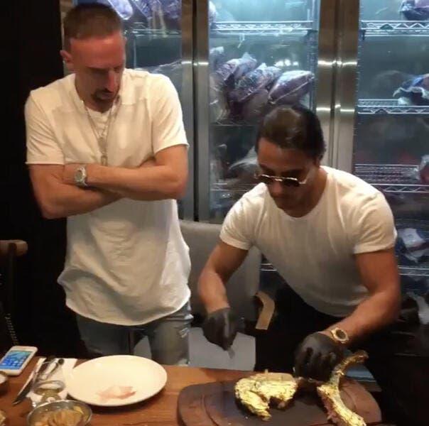 All : Quand Ribéry se tape une entrecôte en or à 1200 euros !