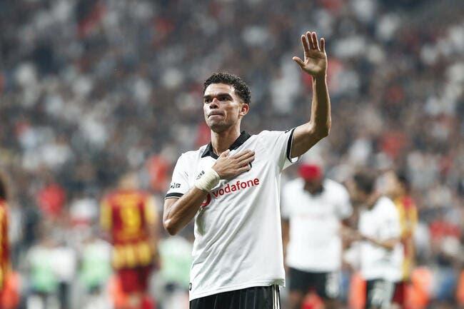 Mercato : Avant Fabregas, Pepe arrive à Monaco !