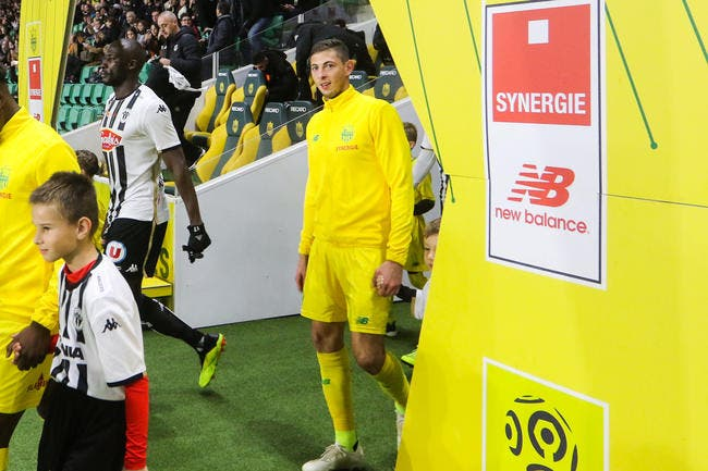 https://www.foot01.com/img/images/650x600/2019/Jan/18/fcgb-un-coup-fourre-de-nantes-au-mercato-bordeaux-est-serein-icon_lem_241118_12_22,242221.jpg