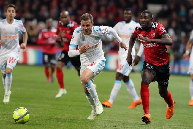 OM : Deux départs en défense d'ici jeudi à Marseille ?