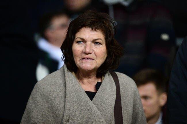 PSG : Le premier coup de sang de Véronique Rabiot, dès l'aéroport