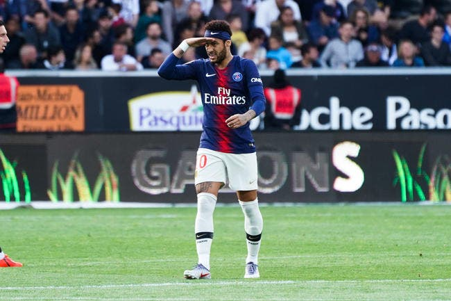 PSG: Pierre Ménès annonce le feu d'artifice du 15 juillet pour Neymar