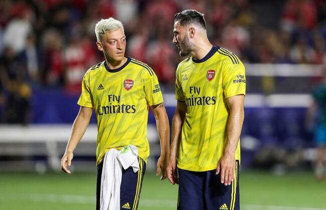 Arsenal : Kolasinac sort Özil d'un incroyable guet-apens à Londres