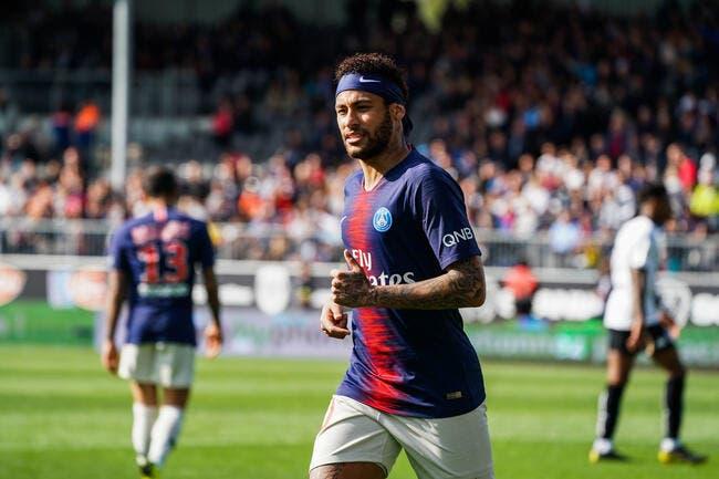 PSG : Pierre Ménès a élu Neymar meilleur joueur de L1