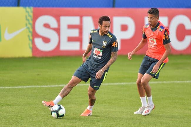 PSG : Le Brésil soutient Neymar, il reste avec la sélection