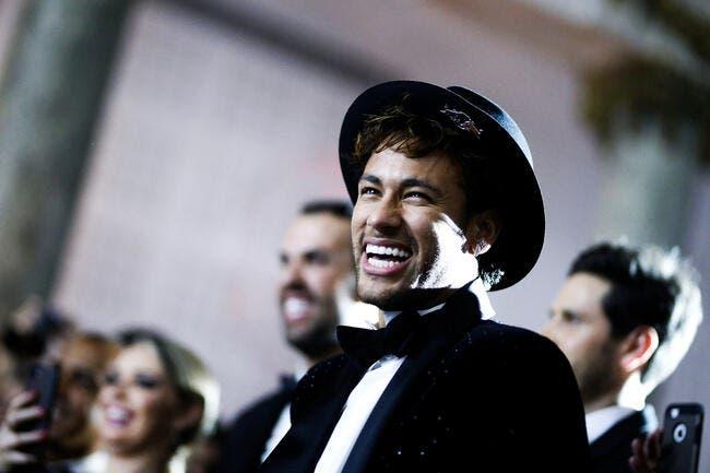 Neymar indisponible quatre semaines, selon le club — PSG