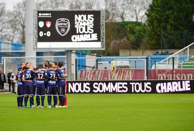 Foot Féminin : La Une de Charlie-Hebdo déclenche la polémique