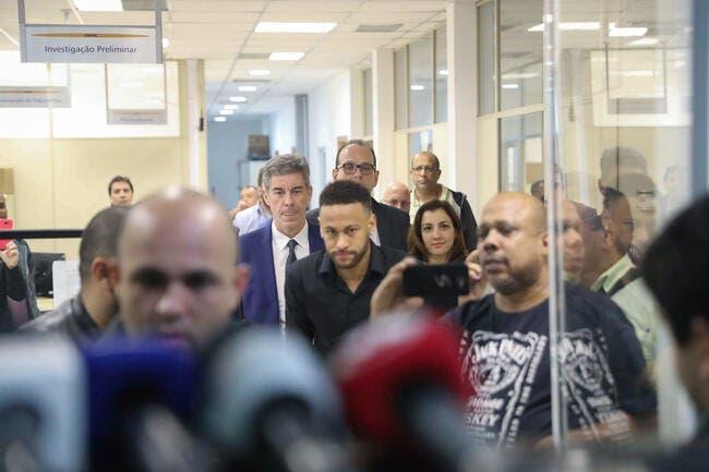 PSG : Neymar actuellement entendu par la police de Sao Paulo !