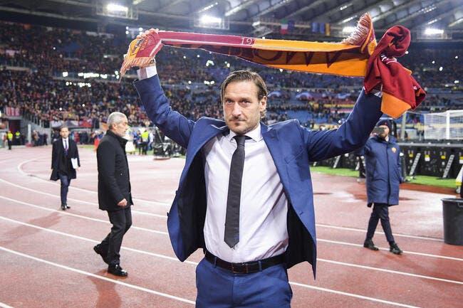 Ita : Francesco Totti quitte la Roma après 30 ans d'amour