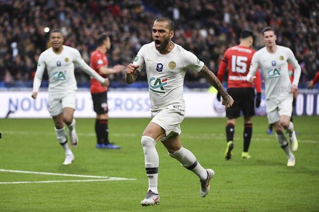 PSG : Alves est cramé, Dugarry valide le choix d'Al-Khelaïfi