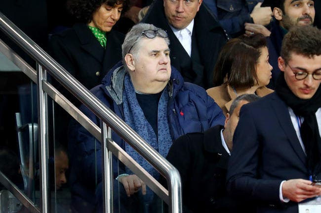 PSG: Les «blaireaux» se rebiffent, Pierre Ménès ne digère pas