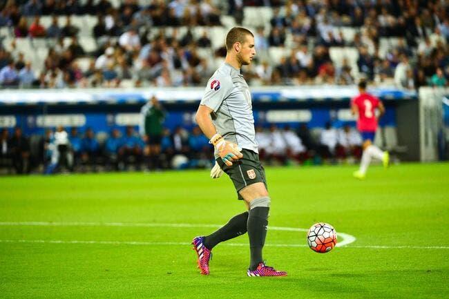 Mercato : Monaco vs Bordeaux, le duel est lancé pour ce gardien !