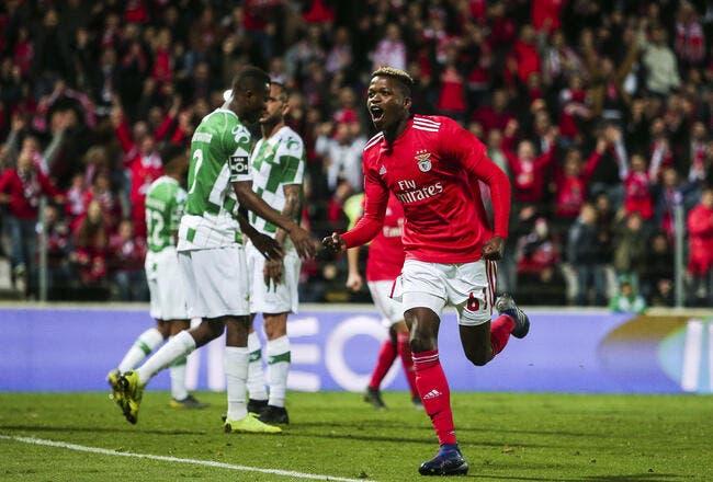 Le PSG tenté par un jeune milieu de terrain de Benfica — Mercato