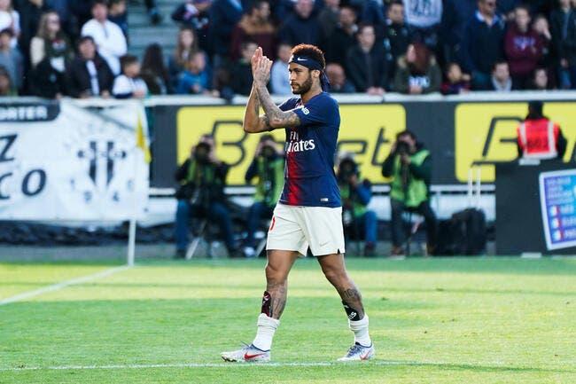PSG : Neymar hué par des rageux, il a honte !