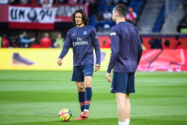 PSG: Cramé, Cavani n'a plus le niveau pour Paris lâche Ménès