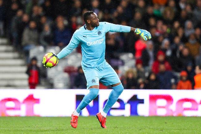 OM : Mandanda poussé en vacances et absent contre Montpellier ?