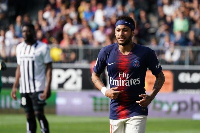 PSG : Neymar se fout de Paris, c'est un scandale !