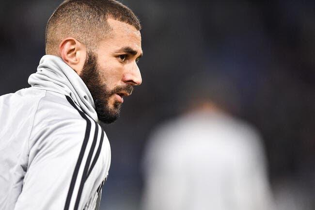 Karim Benzema n'a pas le droit de jouer pour l'Algérie