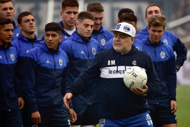 Argentine : Diego Maradona se barre déjà