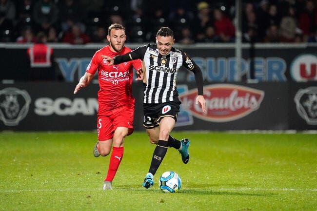 L1 : Angers dauphin du PSG, Rennes retombe