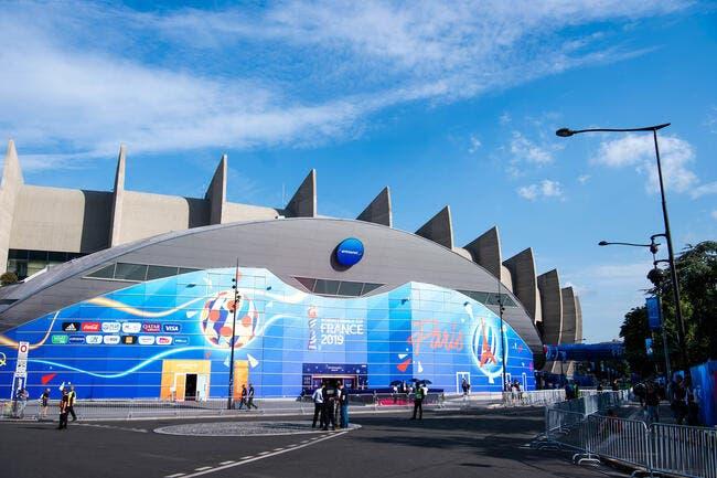 PSG: Opposés au naming du Parc, les supporters frappent fort