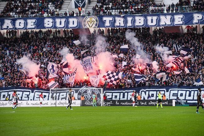 FCGB: La police obligée de séparer les fans et la direction!