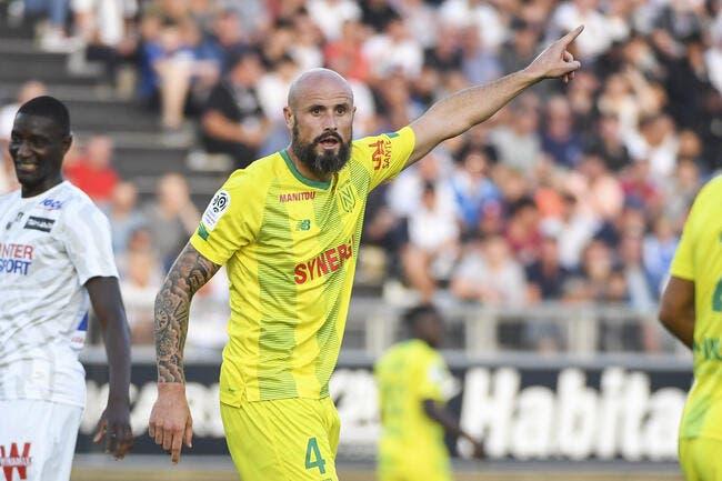 FCN: Julien Cazarre a tout tenté, Nicolas Pallois l'a mis KO