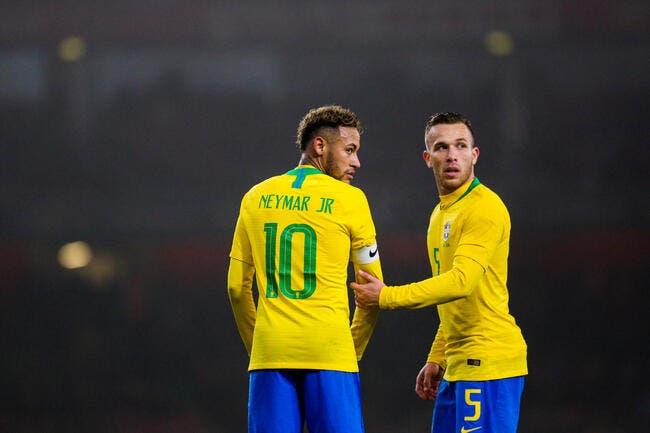PSG : Neymar, l'agent du Barça au coeur de la Seleçao