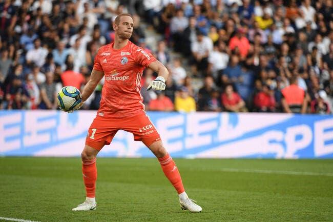 OL: Son gardien sous-coté comparé à Lopes, Strasbourg s'étonne