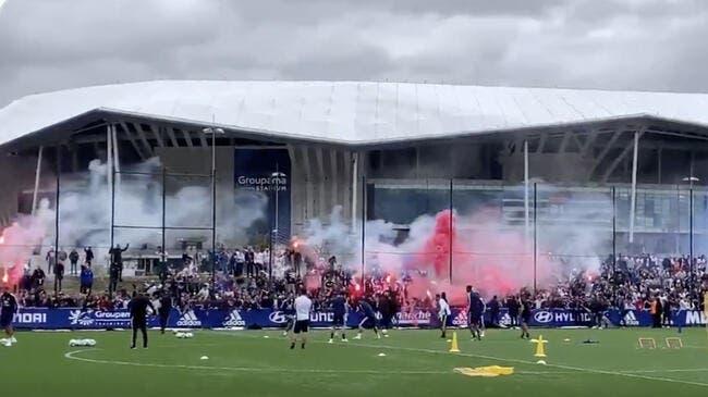OL : Les supporters de Lyon mettent le feu avant le derby !