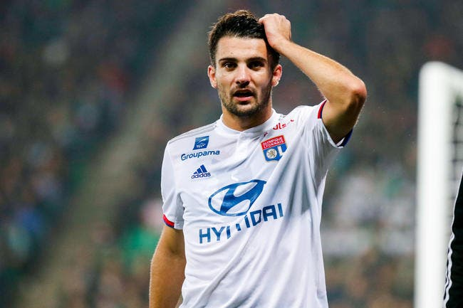 OL : Dubois accusé d'être trop faible pour Lyon !