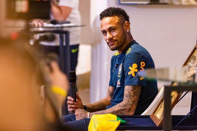 PSG : Neymar parle français, il se fait vanner