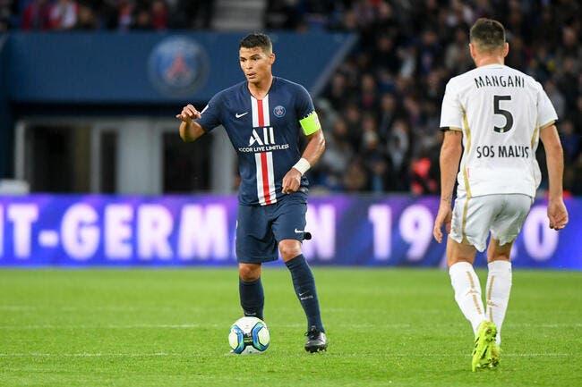 PSG: Thiago Silva plus fort que Van Dijk et Varane!