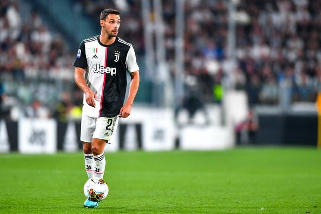PSG : Leonardo s'enflamme, il vise un défenseur italien