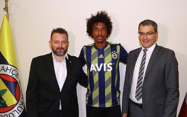 Officiel : Luiz Gustavo quitte l'OM et signe à Fenerbahçe