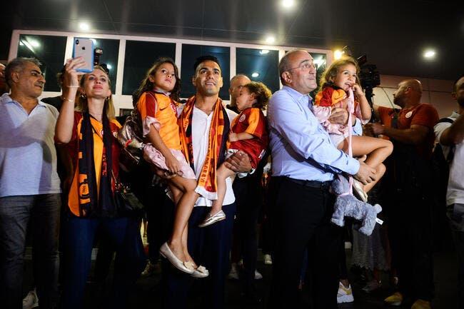 Officiel : Radamel Falcao quitte Monaco pour Galatasaray !