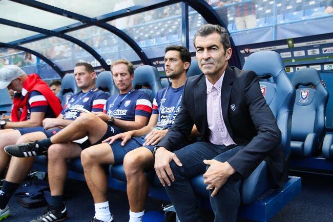 L2 : Caen battu, un supporter entre et insulte l'entraîneur !