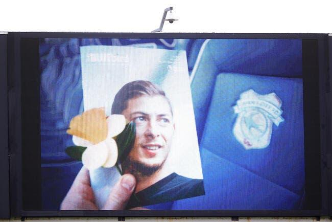 Ang : Prison ferme pour avoir diffusé des images d'Emiliano Sala mort