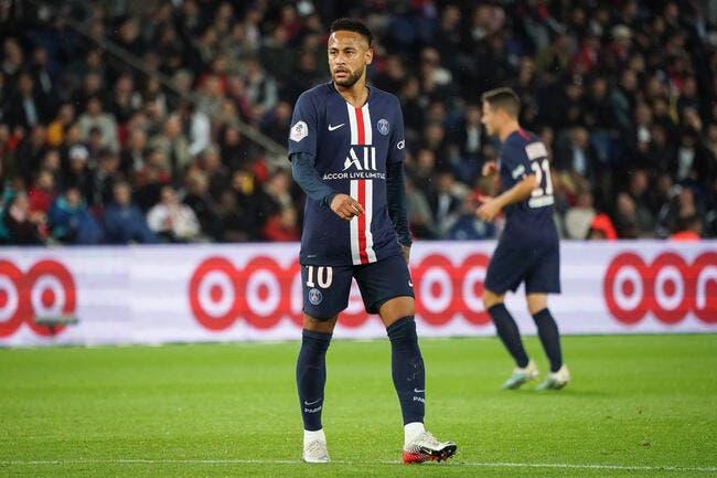 PSG: Daniel Alves abuse, il renvoie Neymar au Barça
