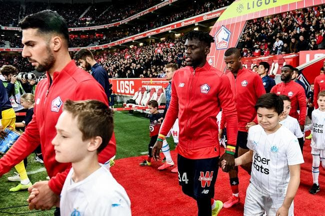 Ligue 1 : Accord pour une baisse provisoire des salaires des joueurs