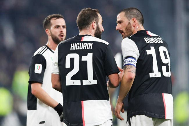 Mercato : Higuain lâche la Juventus à cause du coronavirus !