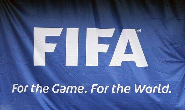 Des joueurs bientôt sanctionnés par la FIFA pour crachats — Football