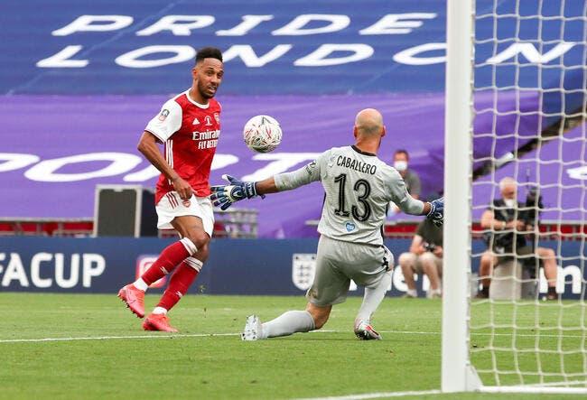 Ang : Aubameyang offre la Cup à Arsenal