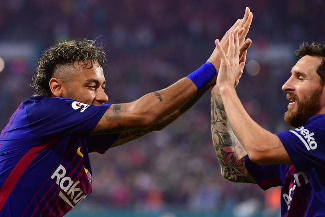 PSG : Neymar à Paris, Messi craque à Barcelone
